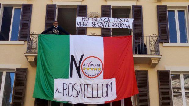 Per sottolineare adeguatamente all'opinione pubblica la propria ferma contrarietà alla passerella mediatica di Renzi ad Osimo, nella mattina del 18 ottobre 2017 il Movimento 5 Stelle di Osimo ha organizzato […]