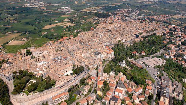 Il contenzioso tra Comune di Osimo e Provincia di Ancona di fronte al TAR per l'annosa questione del PRG 2005 compie quest'anno 10 anni. Un record negativo di cui non […]