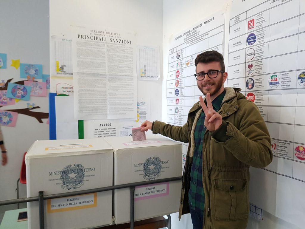 Elezioni 2018: il Movimento 5 Stelle vola ad Osimo!  Paolo Giuliodori è eletto alla Camera! - m5stelle.com - notizie m5s
